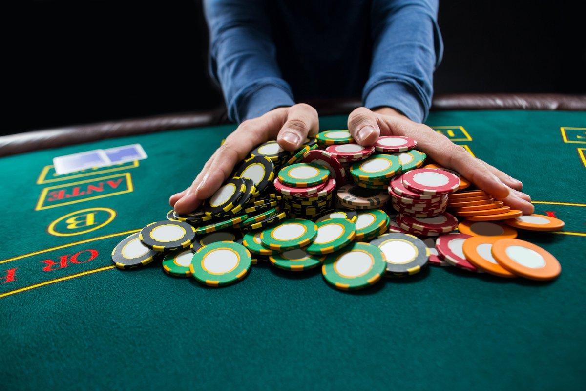Manfaat Dan Keuntungan Main Poker